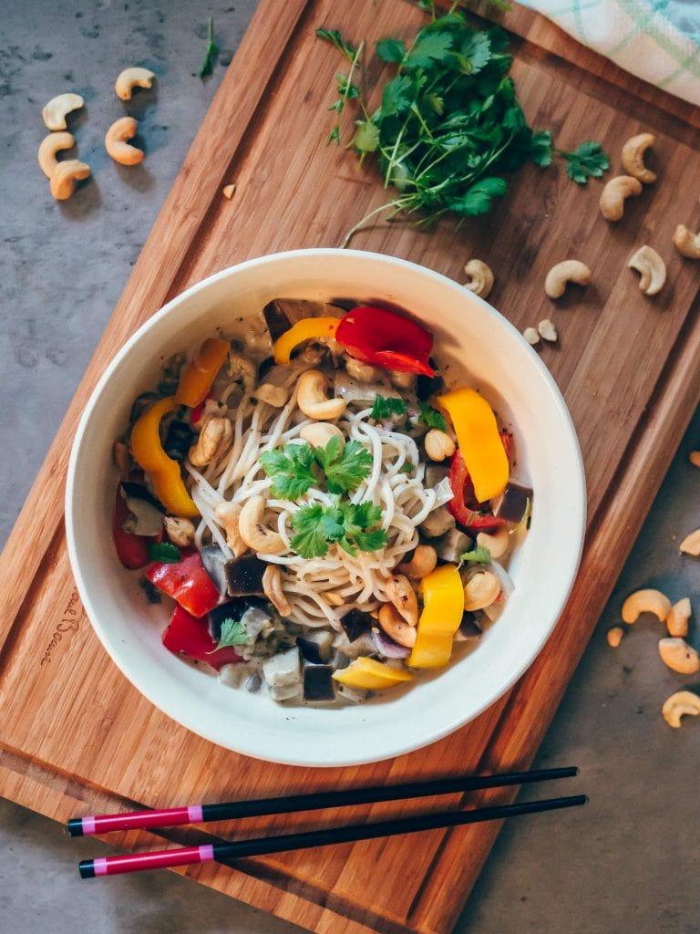 Thai style coconut & coriander noodle bowl - Quick & easy vegan recipe