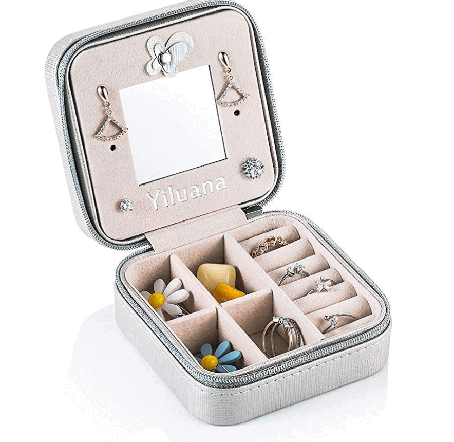 Small and lightweight travel jewelry box - Best travel gift ideas