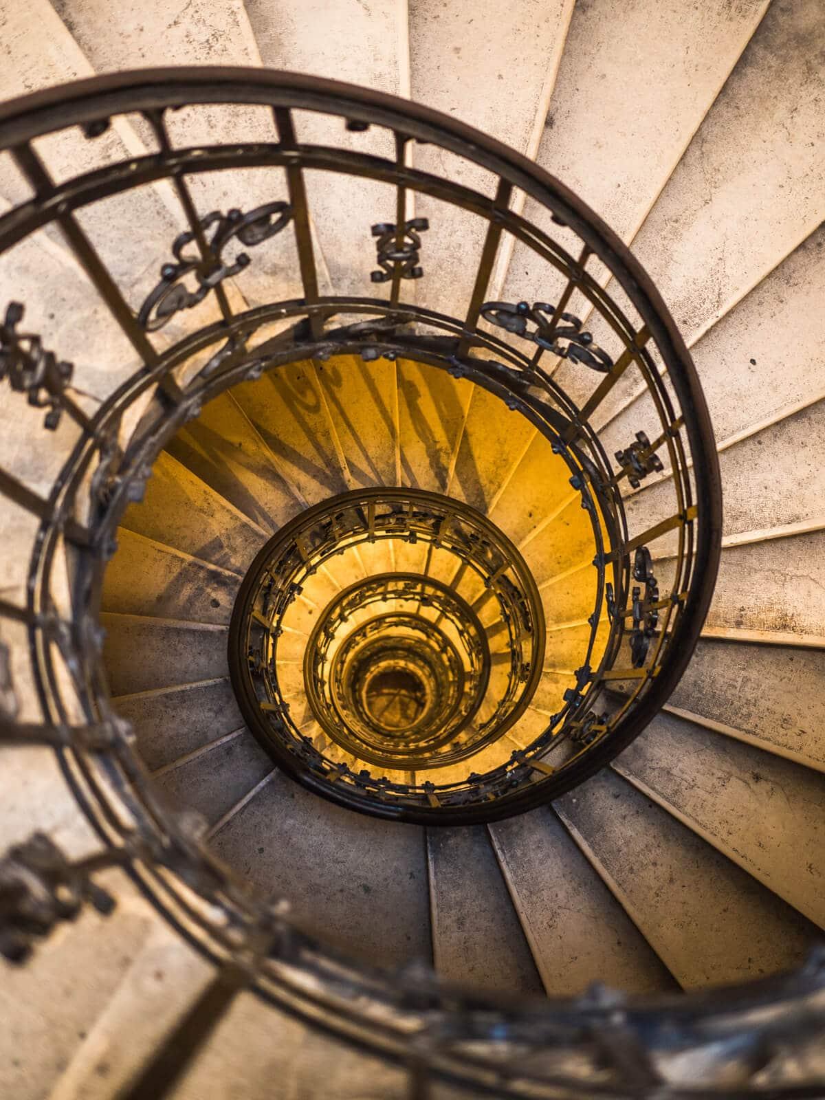 Budapest Instagram photo guide - St. Stephen's Basilica