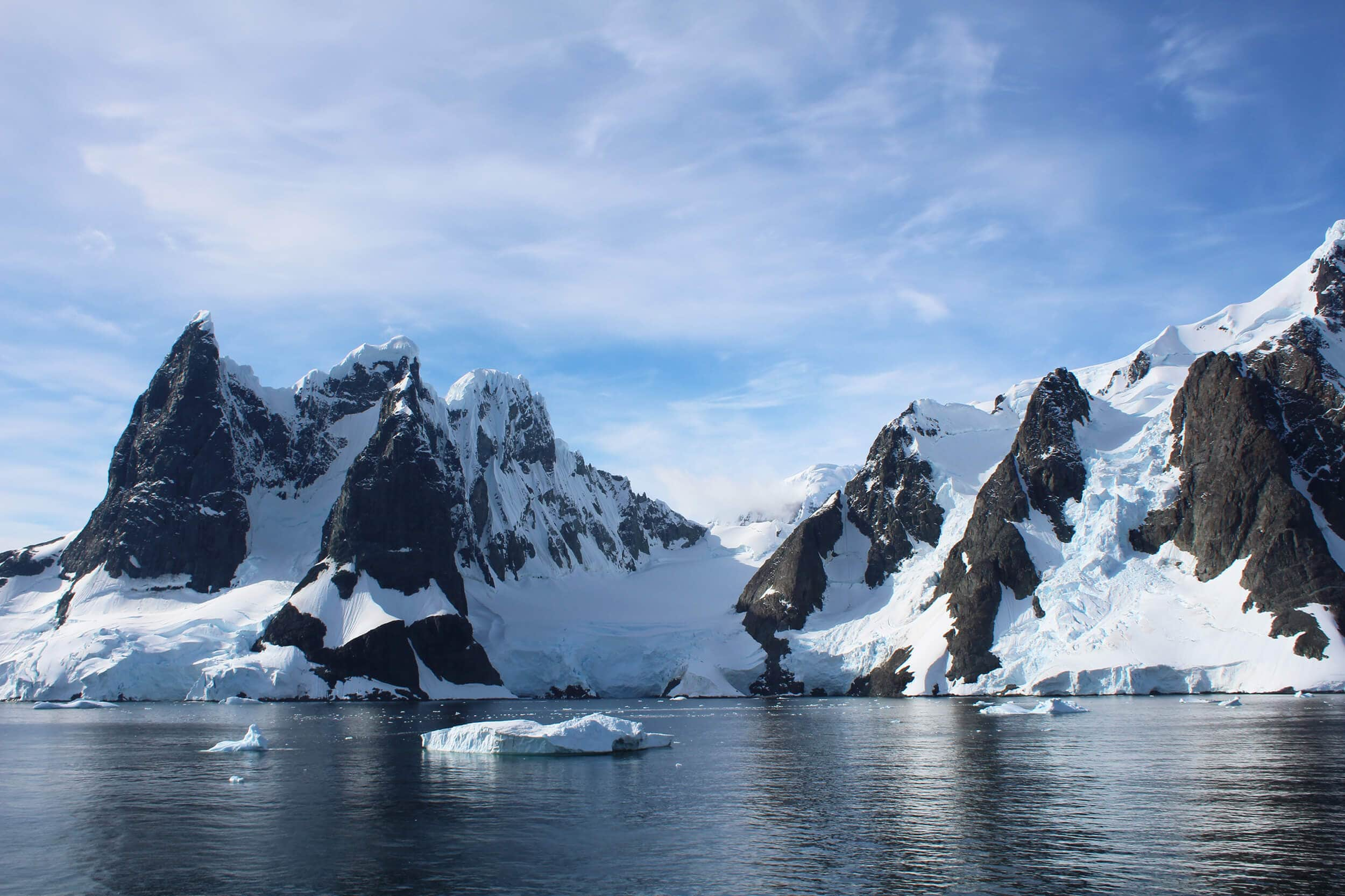 Travel bloggers reveal their most unforgettable travel experiences - Exploring and camping in Antarctica