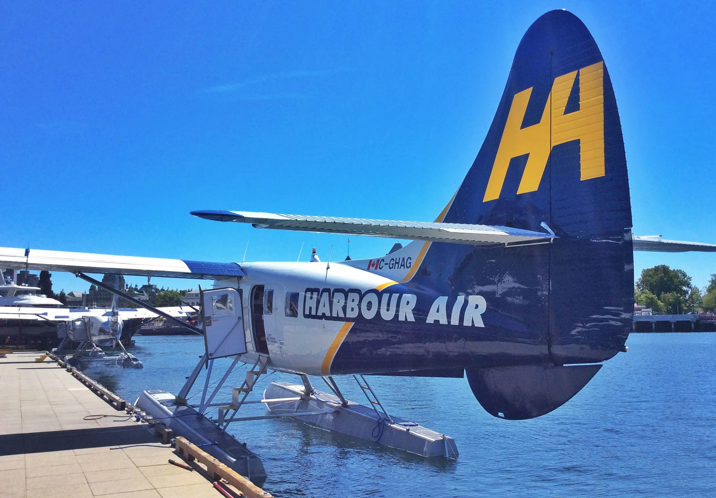 20 of the most unforgettable travel experiences in the world - A seaplane in Victoria, BC