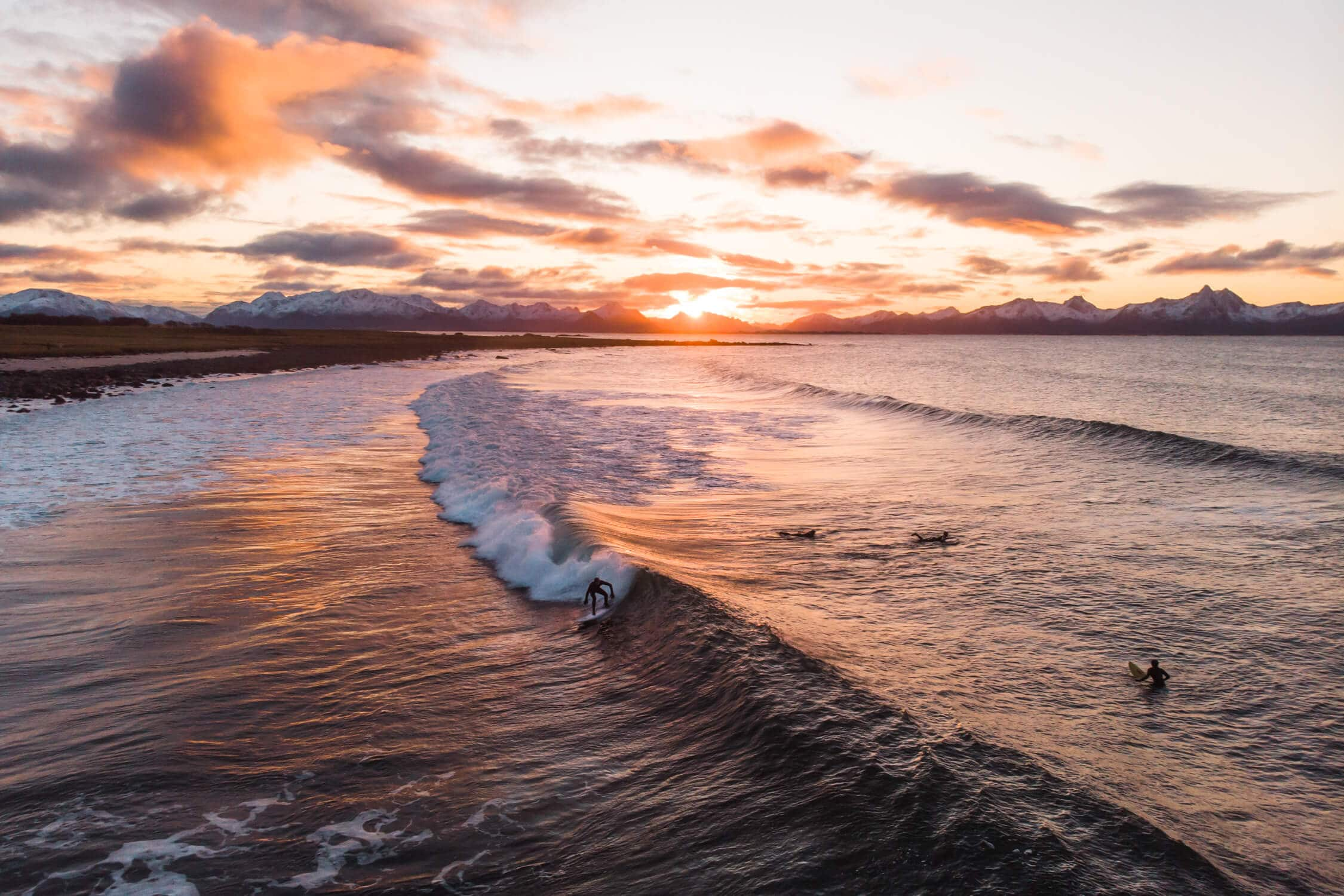 Best places to see and things to do in Norway - Arctic surfing #bucketlist #travelinspo #norway #surfing