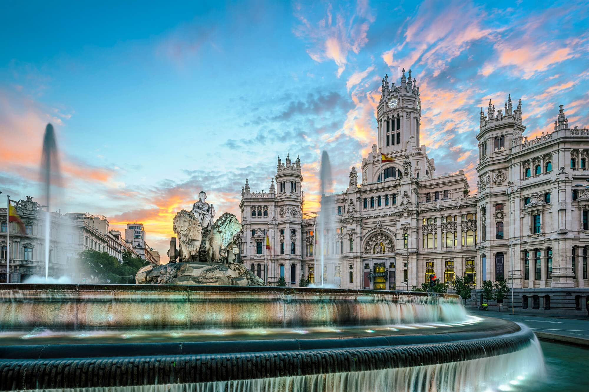 Cibeles Plaza in Madrid - The Ultimate Spain Bucket List