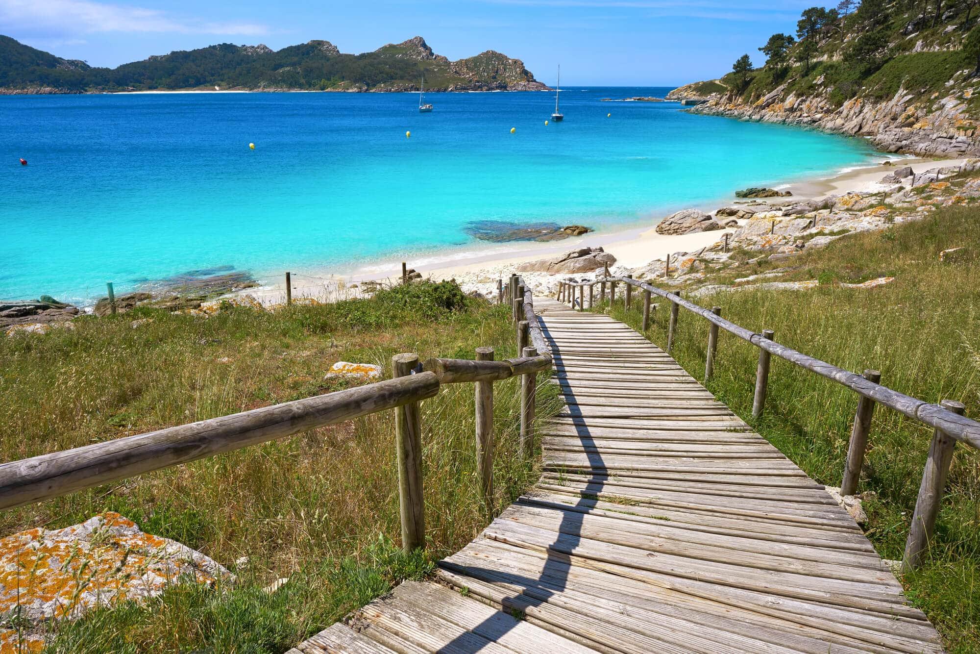 The beautiful white Nostra Senora beach on the island of Vigo, Cíes Islands - The Ultimate Spain Bucket List