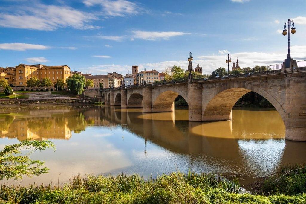 Puente de Piedra bridge in Logroño - The Ultimate Spain Bucket List