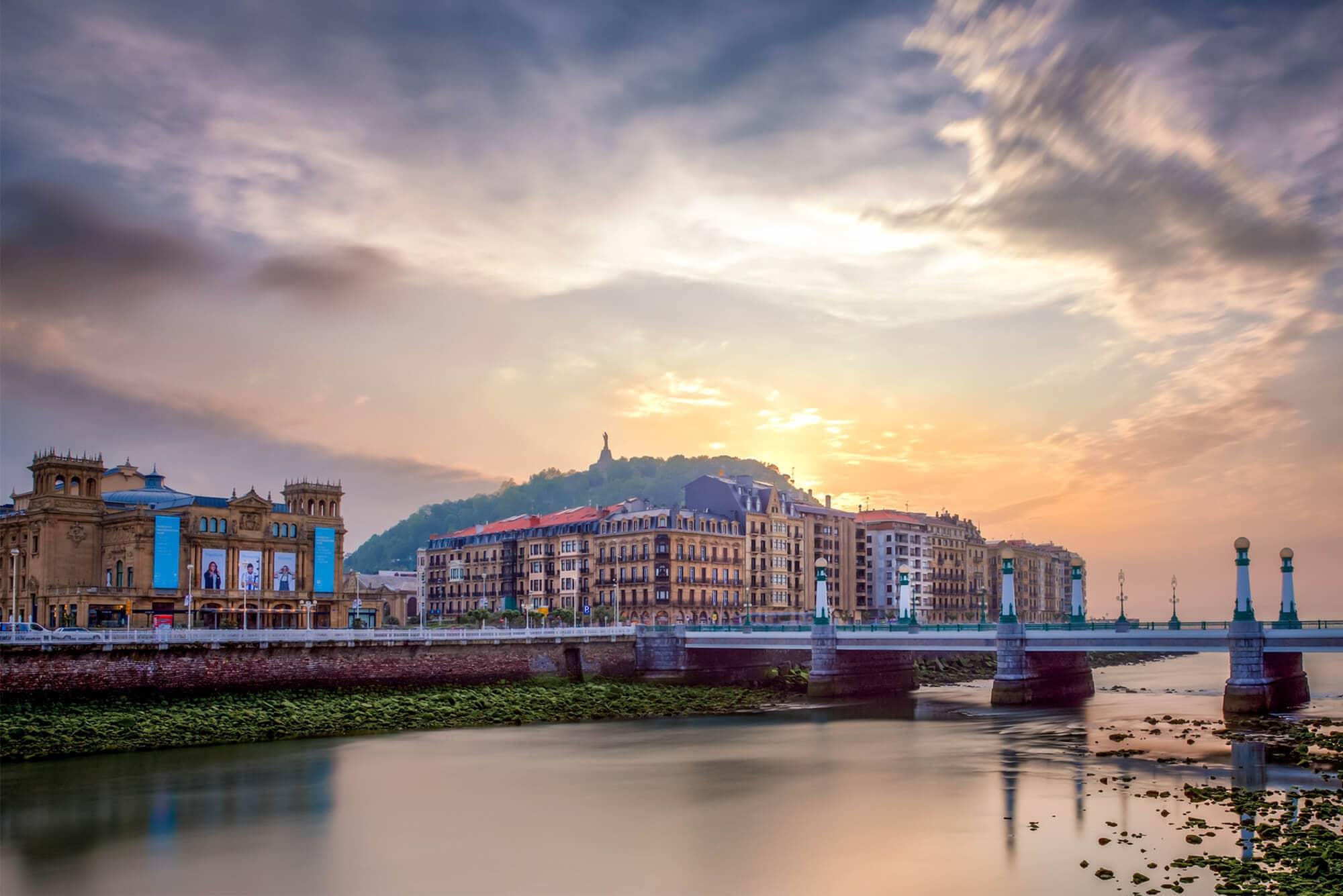 San Sebastián at sunset - The Ultimate Spain Bucket List