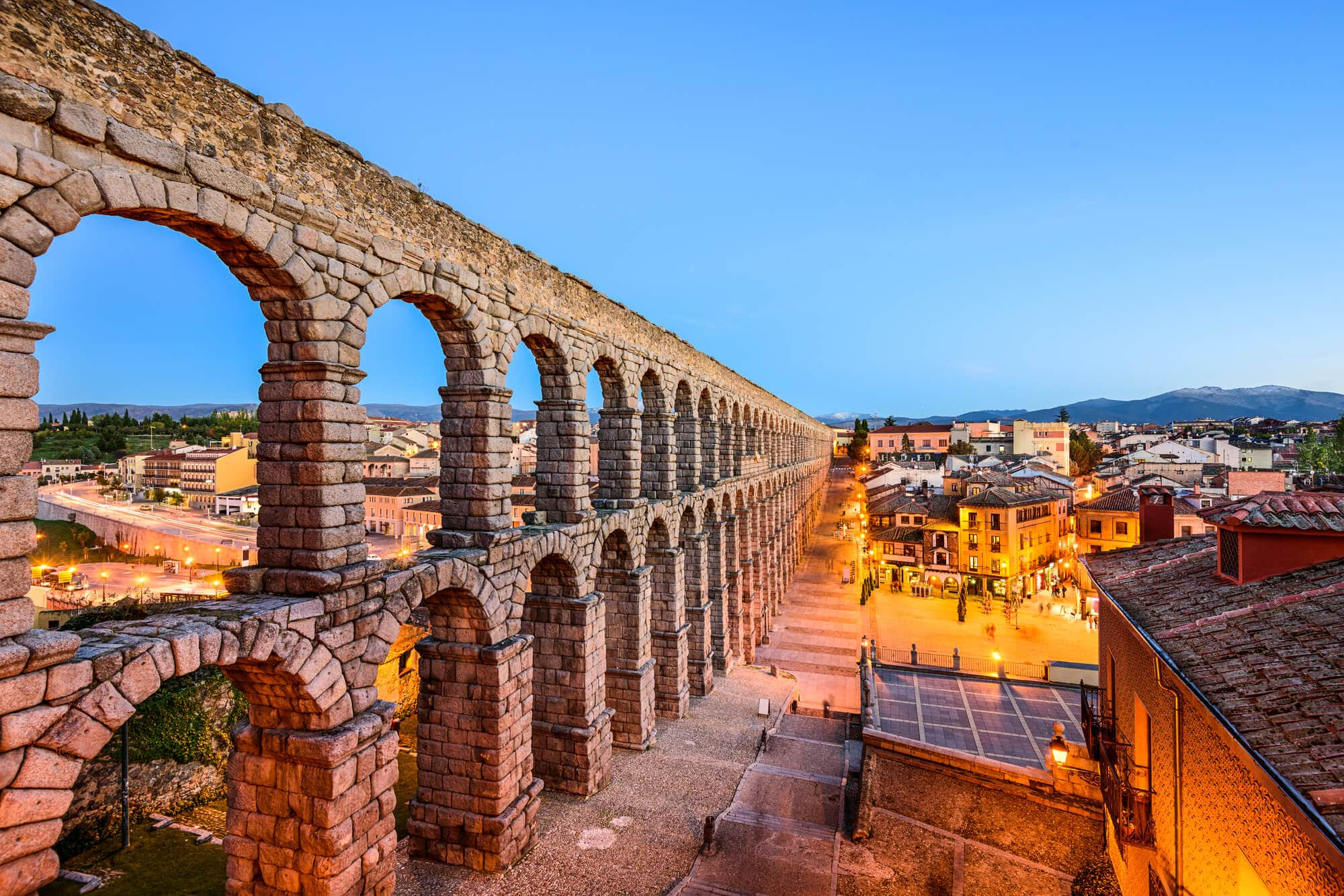 The ancient Roman Aqueduct in Segovia - The Ultimate Spain Bucket List