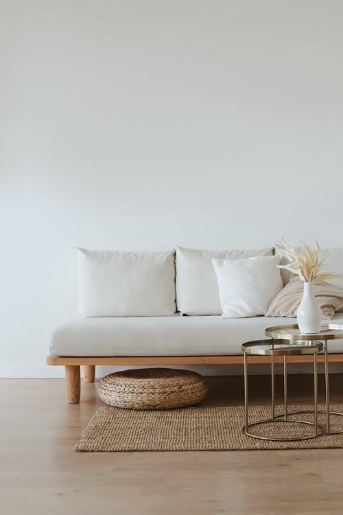 minimalistisk_sofa_hygge