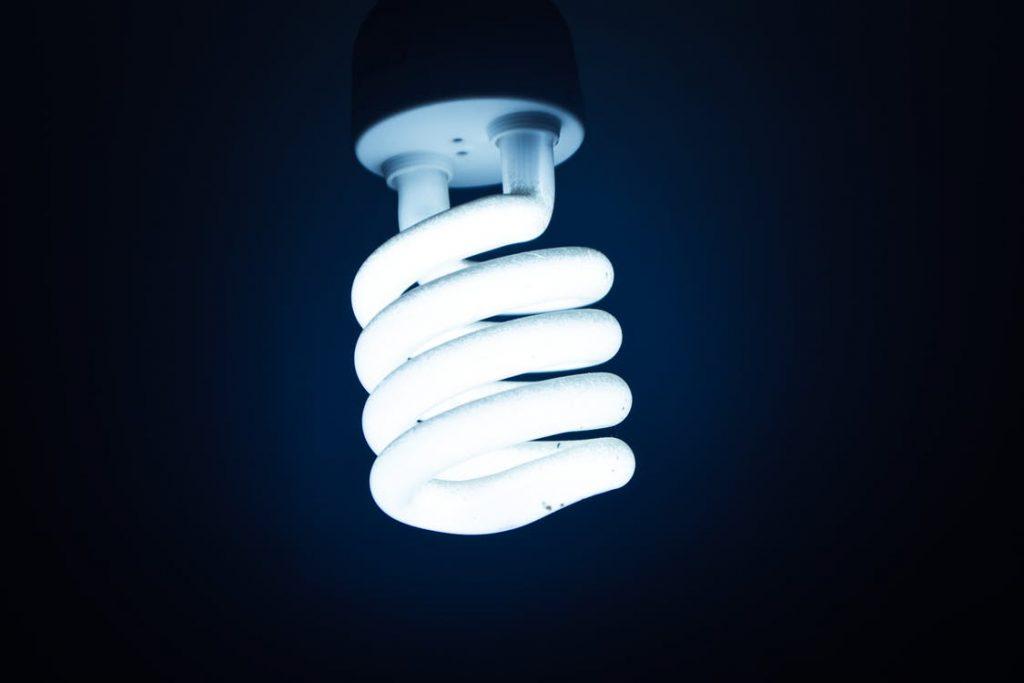 Effektiv og billig LED pære