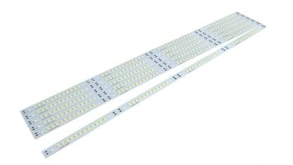 LED Modul SVETOCH 48 mit 2835 Samsung LEDs mit 3970 lm bei 700 mA - Highpower-LED-Streifen mit Aluminium Modul. Variabel teilbar