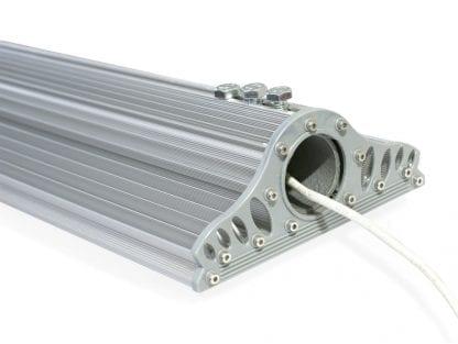 Przykład zastosowania oprawy LED do montażu na rurze z aluminiowego radiatora SVETOCH MAGISTRAL
