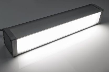 Przykładowe zastosowanie Lampa biurowa LED i podłogowa wykonana z komponentów serii SVETOCH LINE