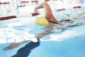 Kvindesvømning