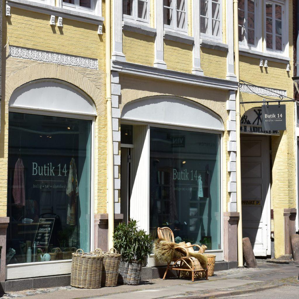 Butik 14 i Korsgade2