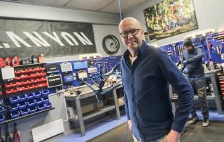 Pål Nilsen i Sykkelverket setter nå sin lit til sykkelverkstedet etter at salgseventyret med Canyon er over for denne gang.