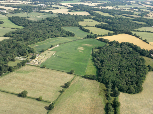 Aerial features possibly relating to Medieval Tadley