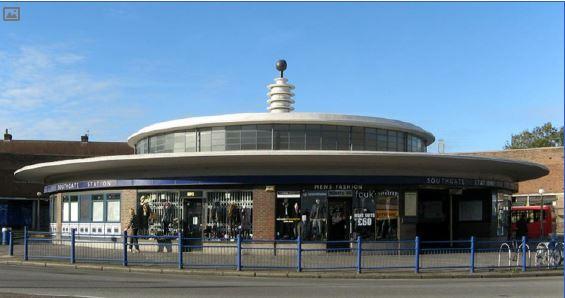 Southgate underground station - Charles Holden
