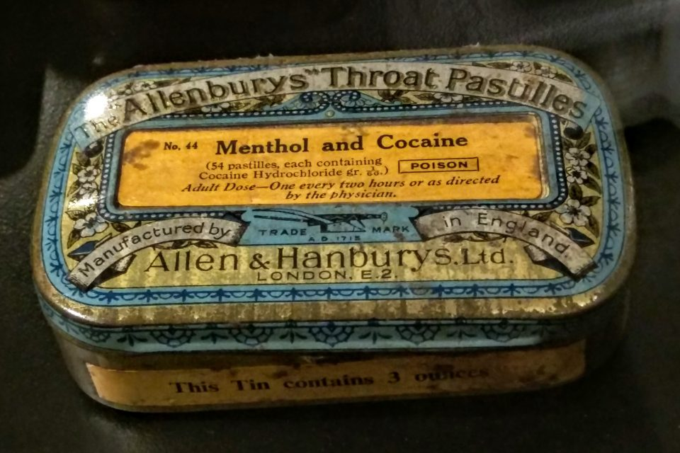 Allenbury's_Throat_Pastilles_with_menthol_and_cocaine