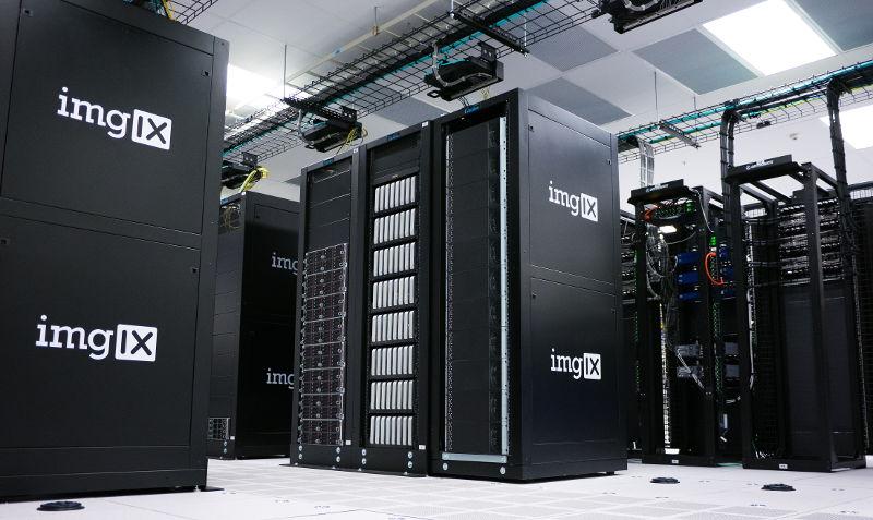 Qué es un servidor: Ejemplo de servidores en un centro de procesamiento de datos