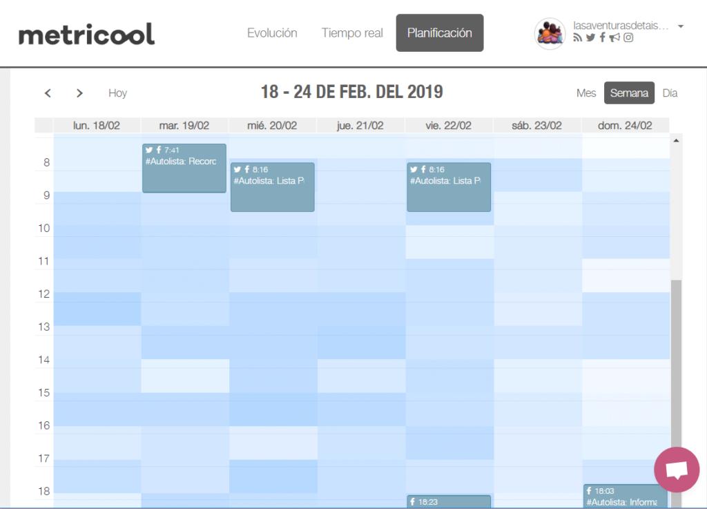 Captura calendario de gestión de redes sociales de Metricool
