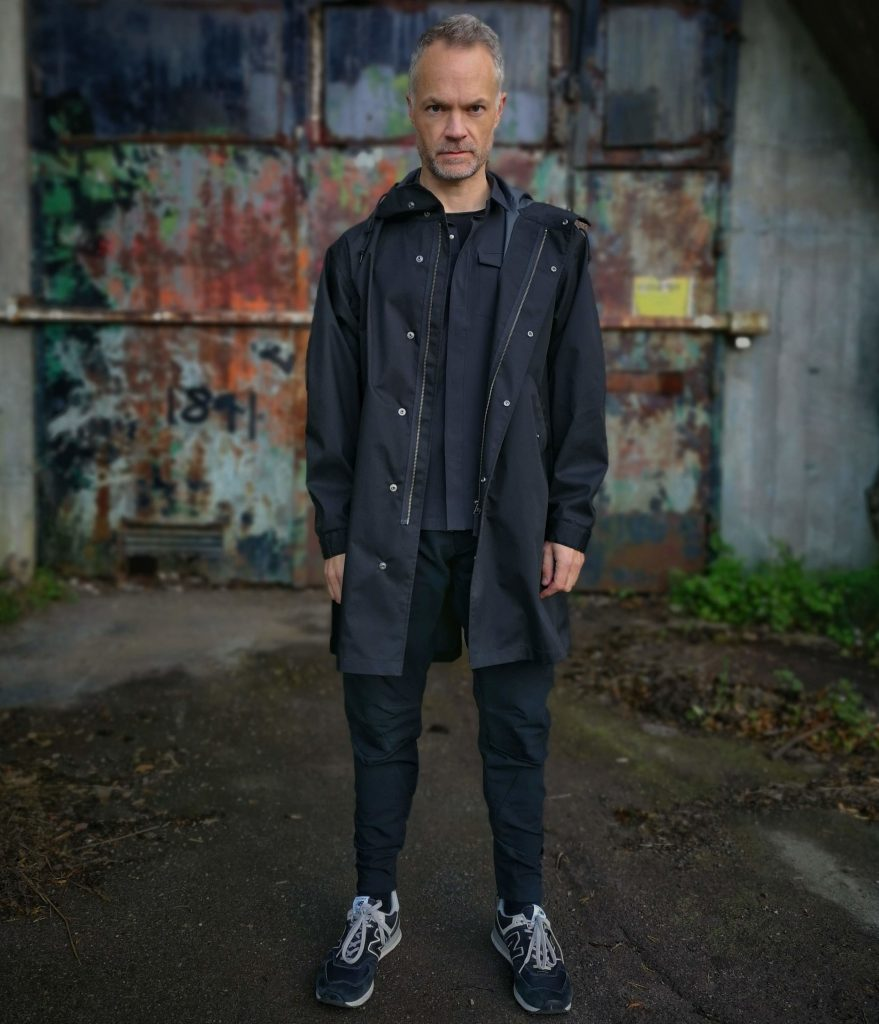 Black Skyline LS layered between a Uniqlo Fishtail Parka and a COS merino t-shirt.