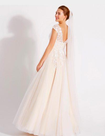 Brautkleid 08-4101 von Lilly.