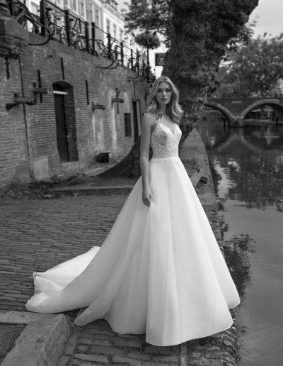 Brautkleid Kelly von Modeca.