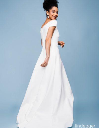 Brautkleid Shine von kuessdiebraut.
