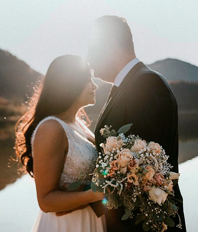 Mayara M. mit Ehemann