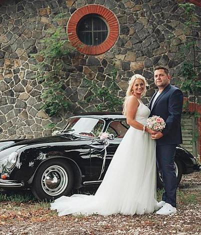 Nicole H. mit Ehemann