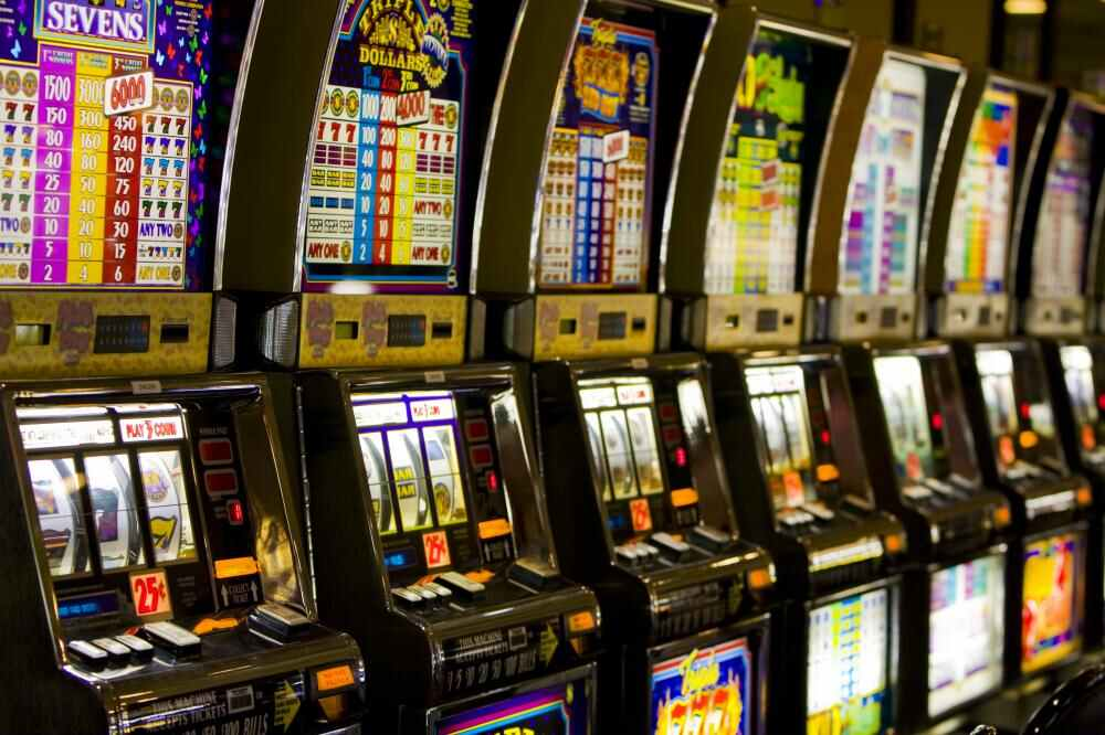Rich and Famous who have Won Big Amounts on Slot Games