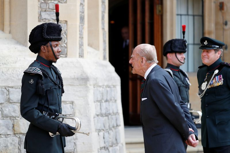 © Reuters. Britain's Prince Philip stepping down from his role as Colonel-in-Chief for the Rifles in Windsor