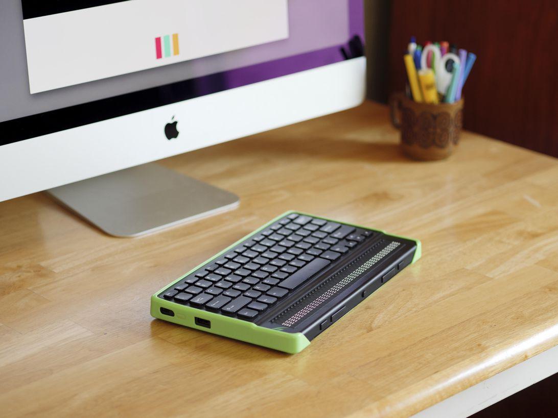 mantis-q40-case-green-tpu-p1066631-ri