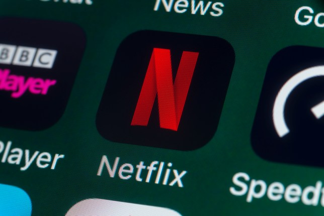 Netflix, BBC iPlayer, News, Speedtest and other Apps on iPhone screen