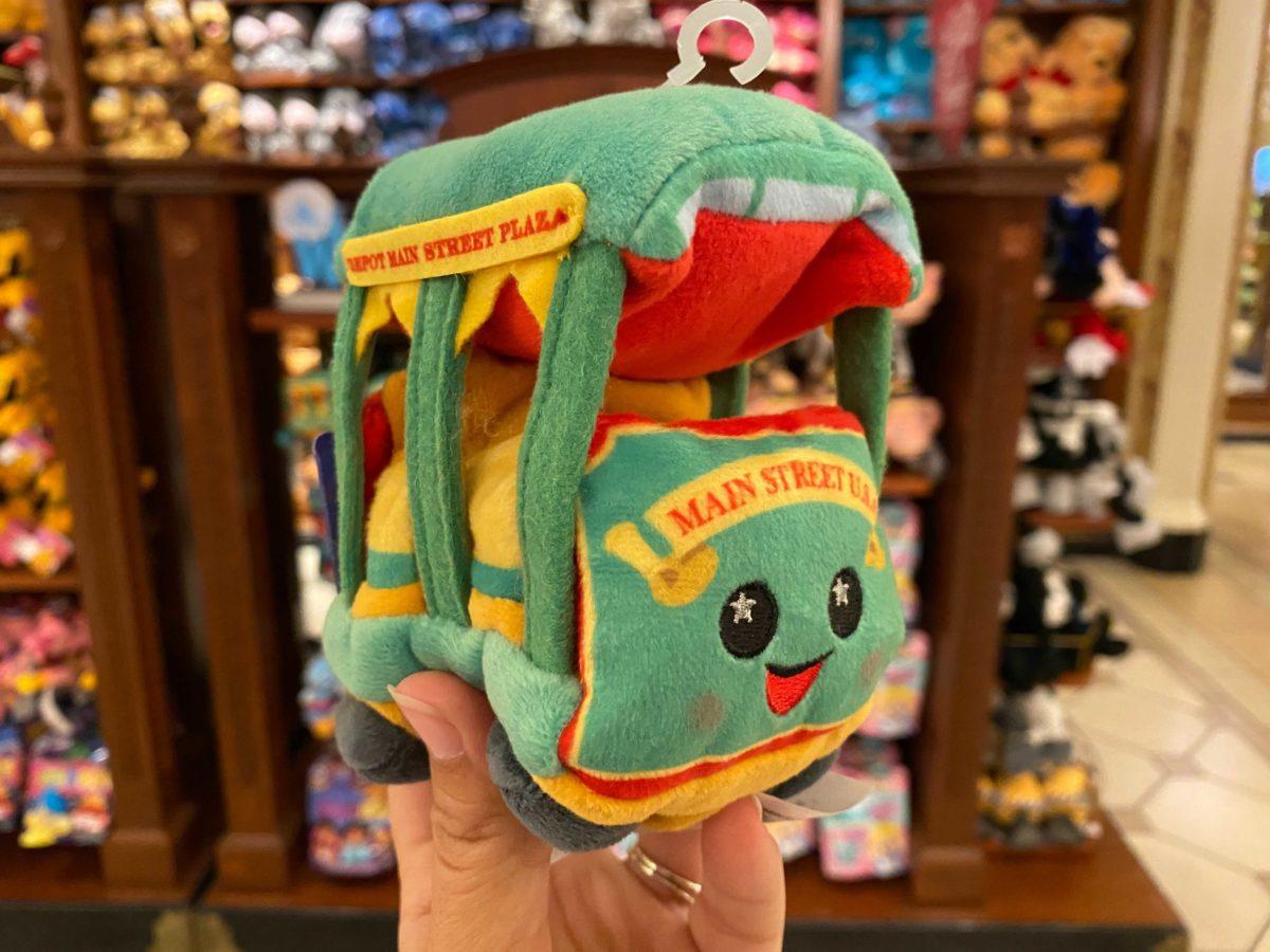 wishables-trolley-plush-2