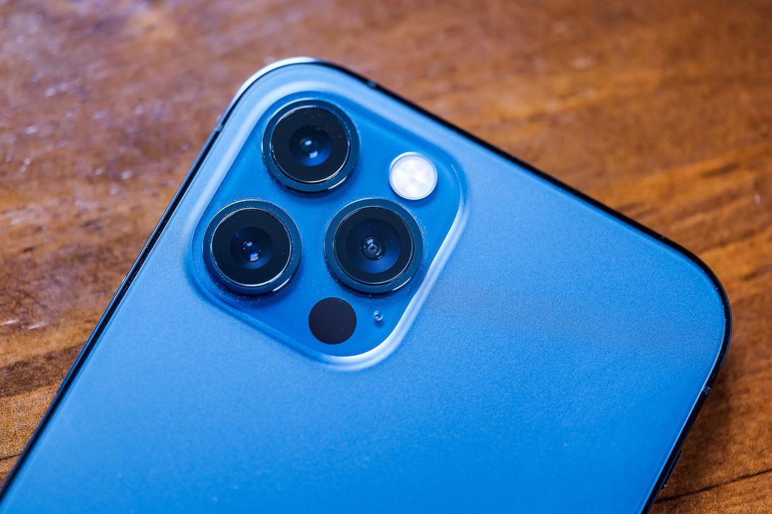 01-iphone-12-pro-2020
