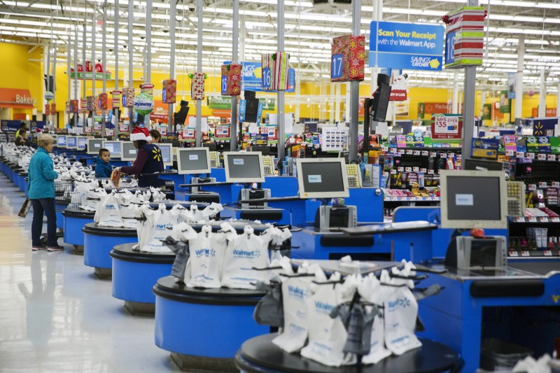 Walmart Drops After Disappointing Earnings Report