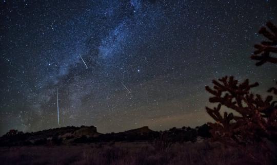 2016 Orionids Meteor Shower; Shutterstock ID 1024802635; Purchase Order: -