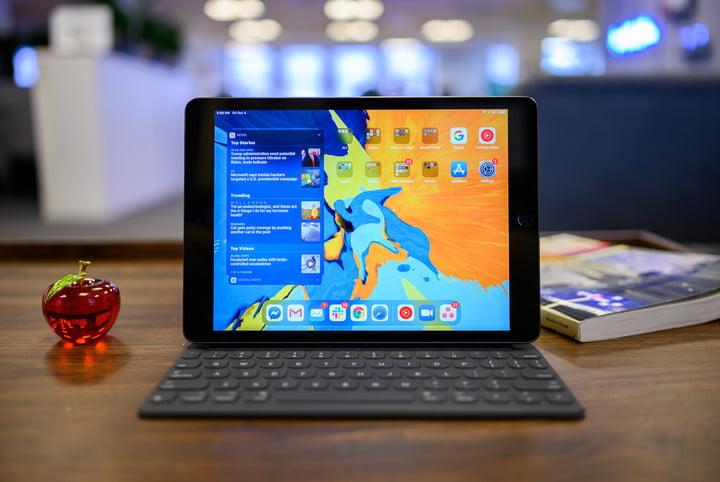 iPad 10.2-inch hero