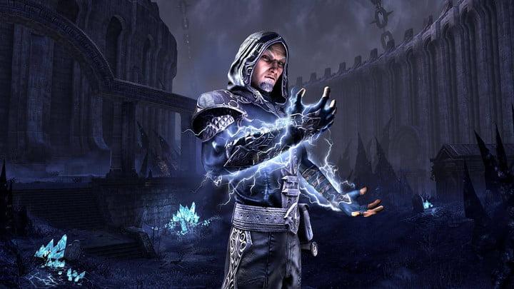 Sorcerer channeling lightning in ESO.