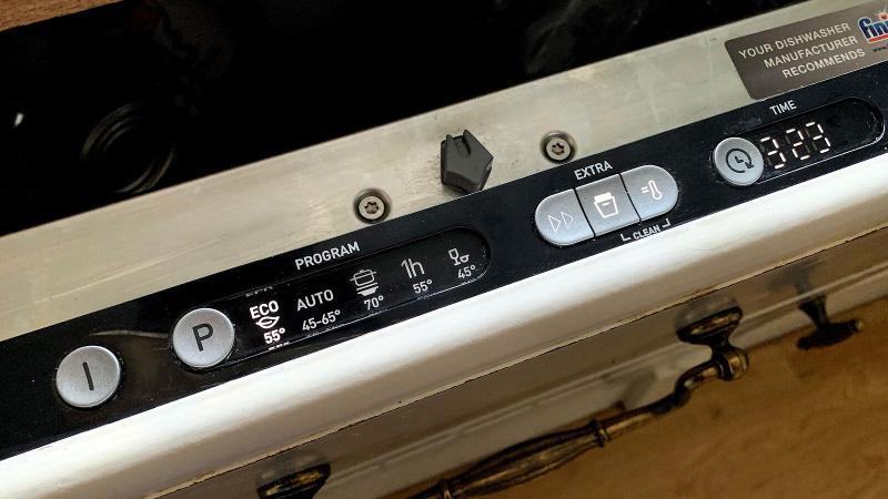 Hisense HV651D60UK review