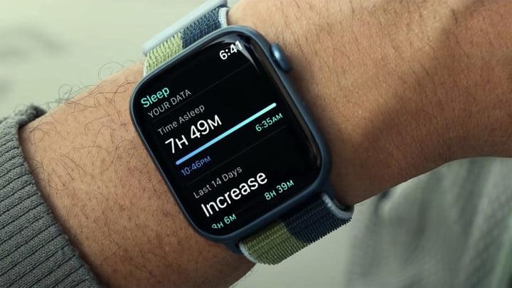 Apple Watch Series 7 sleep data.