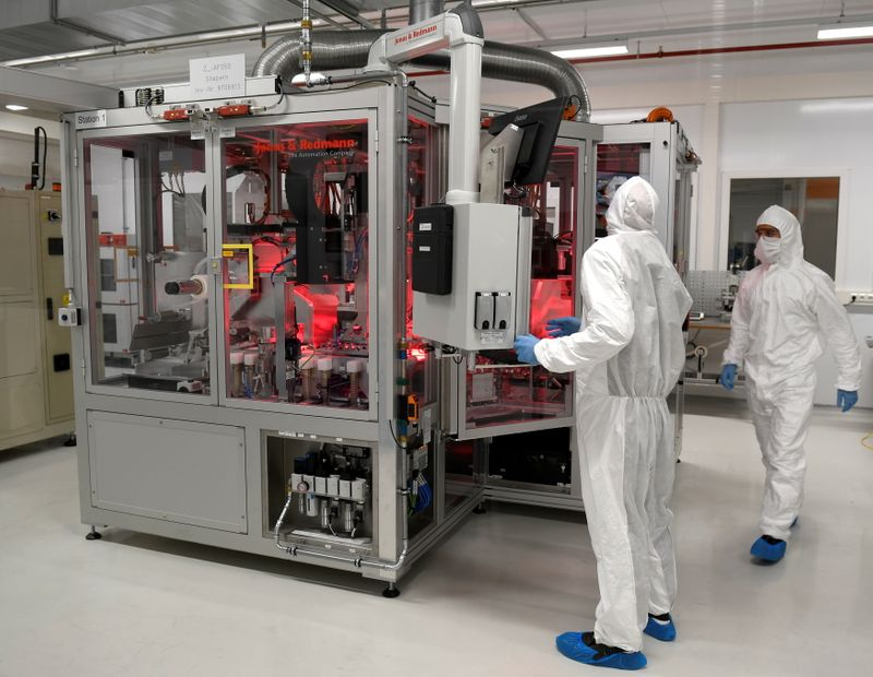 Europe's carmakers face raw material bottleneck for EV batteries