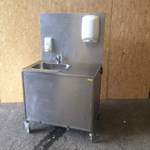 vaskestation til skoler