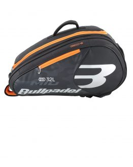 bullpadel mid capacity black