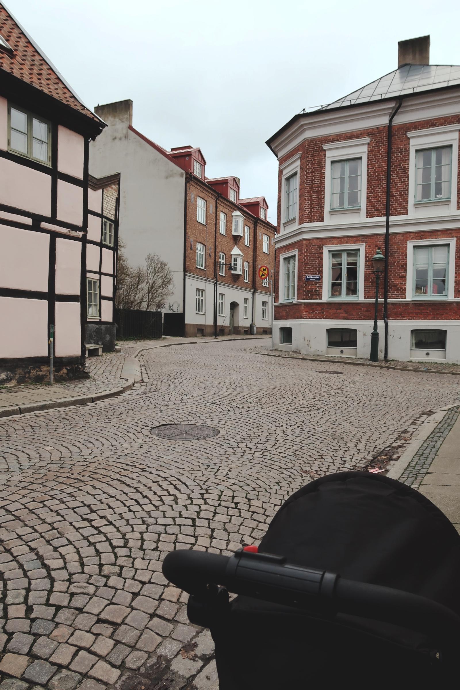 Lund - Kullerstensgator och vackra hus