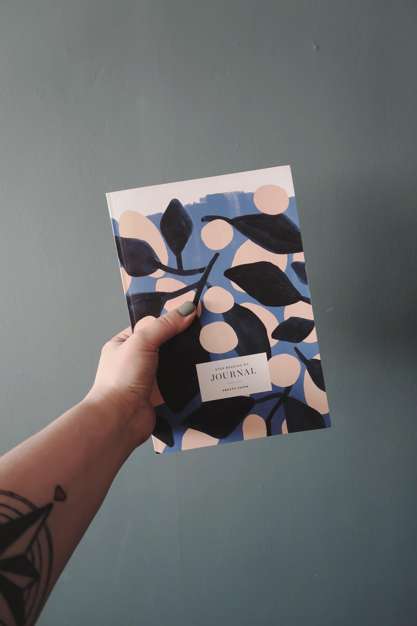 Anteckningsbok från By Women Store