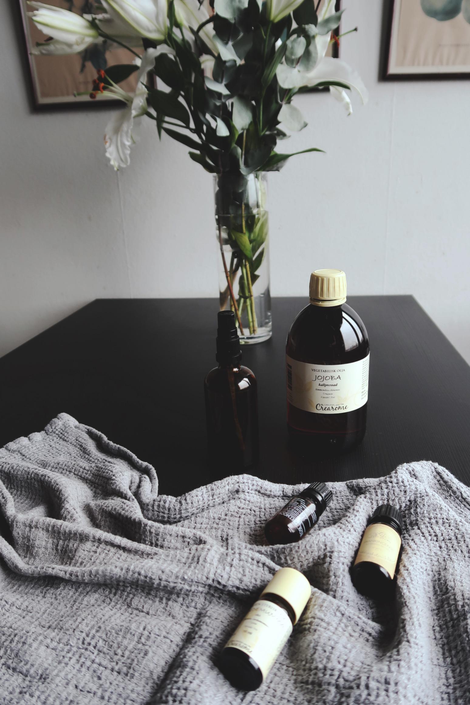 Ekologisk massageolja med jojoba och eteriska oljor