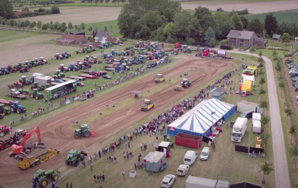Drone video tractorpulling Moerbeke