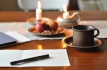 Bæredygtige gaver med et bæredygtigt hjemmelavet kort